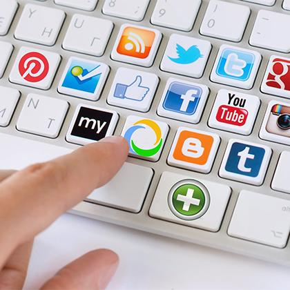 Buscar feina xarxes socials